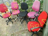 Desk Chairs Pink and Black