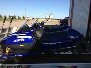 BARELY USED - 1998 Yamaha 700 SRX - 1589