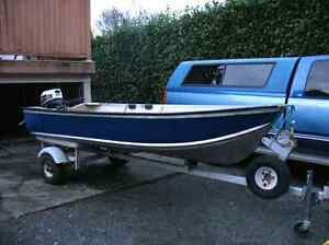 12' Aluminum Boat great shape no leaks lightweight