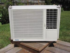 ***12,000 BTU DANBY WINDOW AIR CONDITIONER