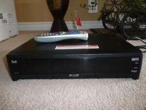 Bell Satellite PVR HD Receiver  -  (2) Two