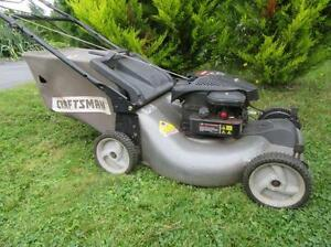"21"" Craftsman Self Propelled rear bag lawn mower / tondeuse auto"