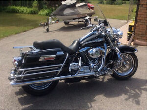 2003 Harley Davidson Roadking Motorcycle - 100th Anniversary