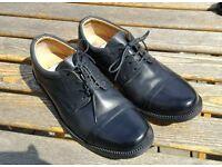 Black Clarks men's shoes, size 8, like new