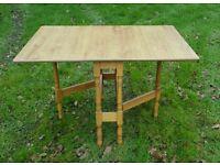 Gate leg kitchen table like new never used light pine