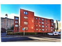 Lovely top flat 1 bed flat in city centre and private parking space for rent £600 per month