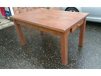 Dinning room table. Solid Pine