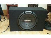 Pioneer sub subwoofer 1400w mint condition