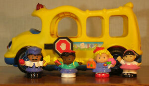 Autobus Fisher-Price Little People school bus [FP-B02]