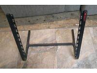 Quiklok rs10 desktop rack stand