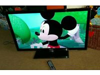 Samsung 32 inch HD tv excellent condition fully working with remote control