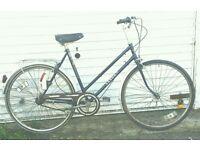 Ladies Saxon hybrid lightweight townbike