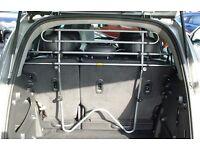 Saunders tubular car dog guard