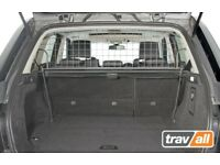 Dog guard kit for the Landrover Range Rover Sport Model Year 2005 - 2013 and rubber mat