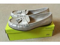 Hotter gold size 8 women's shoes