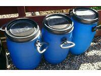 30ltr drums x3