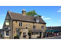 Urgent! Live In Chef Management / Live In Front of House Bar Manager in Amazing Cotswolds Pub