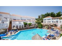 **TENERIFE - APARTMENT TO RENT FOR XMAS & NEW YEAR WEEKS IN LOS CRISTIANOS**