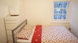 Cheap but Comfortable Double Bedroom in Stratford