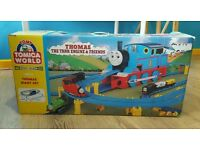 TOMICA WORLD GIANT THOMAS/ THOMAS THE TANK ENGINE & FRIENDS