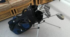 Vantage Discovery Full Set of graphite shaft Irons, 1 Callaway driver and bag. Golf clubs