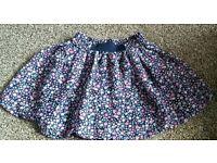 Girls skirt 4 - 5