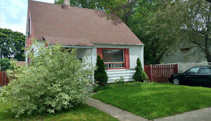 House near Anjou for rent