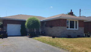Bungalow For Sale. Stoney Creek