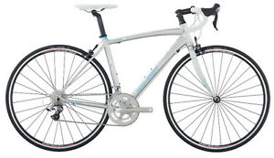 Raleigh Capri 3 Women's Road Bike - Like NEW Cornwall Ontario image 1