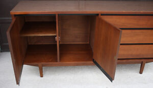 looking for a credenza/ sideboard Cambridge Kitchener Area image 8