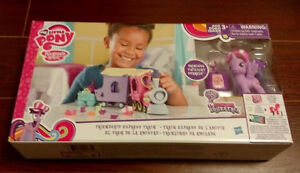 My Little Pony Friendship Express Train Playset - BRAND NEW