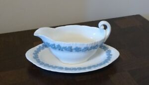 WEDGWOOD EMBOSSED QUEENSWARE GRAVY BOAT AND UNDERPLATE