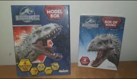 Jurassic park model box/books