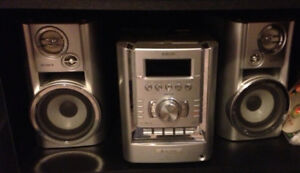 Sony stero system boombox with CD and Radio
