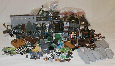 LEGO Vintage CASTLE Knights,Set Parts Lot Red Dragon Horses Minifigures 5 LB