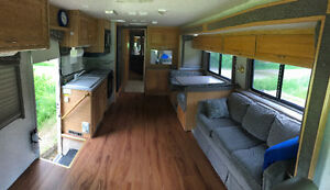 37 ft MOTORHOME RENTAL