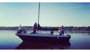 1980 Bayliner Sailboat