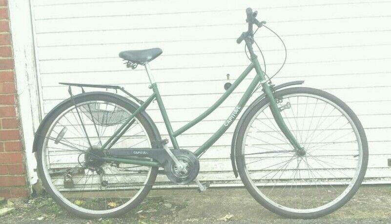 Ladies stepthrough townbikein Brighton, East SussexGumtree - 6 speed, 19 inch stepthrough frame, comes with full mudguards, carryrack and chainguard, ready to go