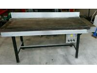 3 phase hot plate / griddle in good working . Solid work bench. Garage. Workshop.