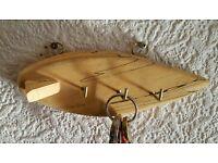 Key.holder.surfboard.shape