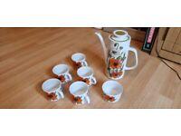 J&G Meakin England Poppy Vintage Tea Set