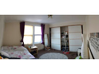 Double Bedroom to let in 3-Bed Terraced Home in Bedminster - Southville, Victoria Park,