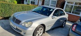 image for Mercedes-Benz, C CLASS, Saloon, 2005, Semi-Auto, 2685 (cc), 4 doors