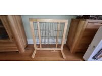 Trixie Dog Barrier - 61 - 103 x 75 x 40 cm