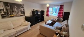 Two Bedroom Flat in Palmers Green N13 4EX
