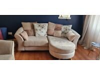Furniture for sale: Items in excellent condition. Perfect for fi