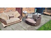 🔥 Lovely brown fabric dfs®️ large 2 seater & cuddle chair 🔥