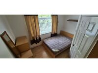1 bed flat - Shirley- Available 16th August