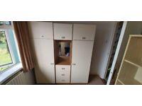 Wardobe + chest of drawers