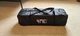 Travel bed 4ME black w/mattress